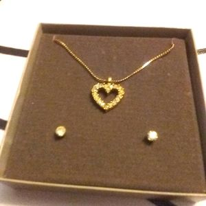 Goldtone heart necklace & earrings set